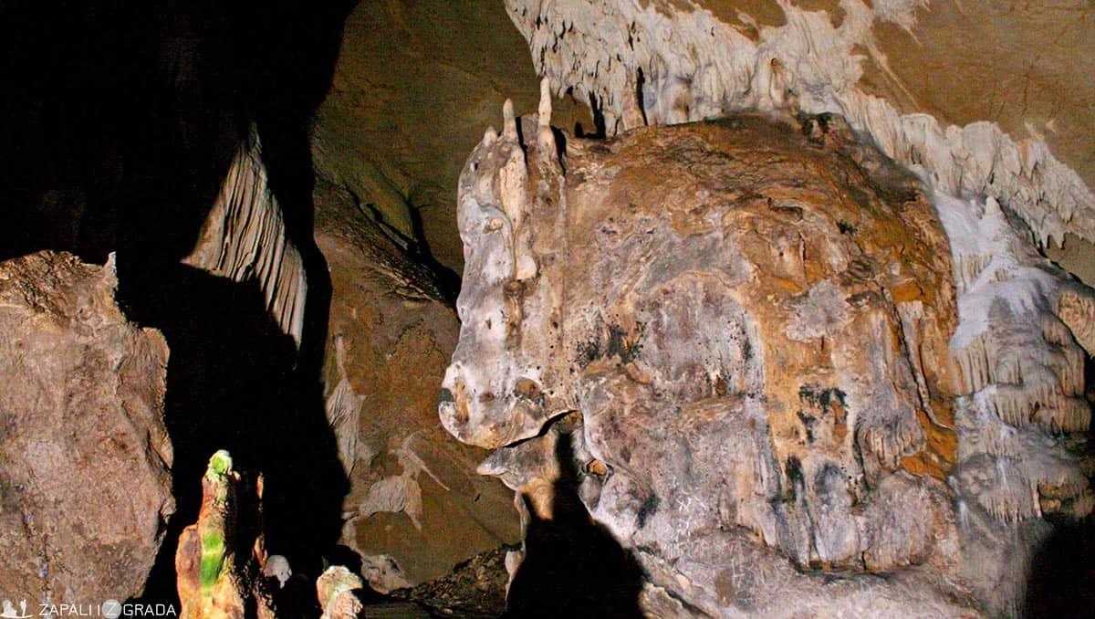zapali iz grada- lazareva pećina3