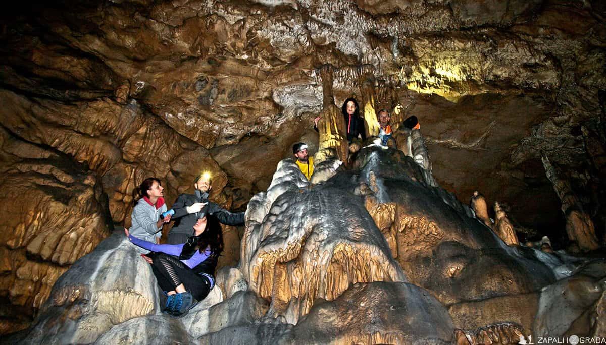 Otlovića pećina